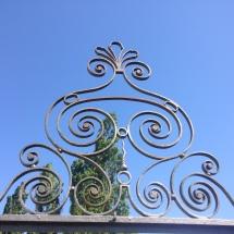 gate turning silver